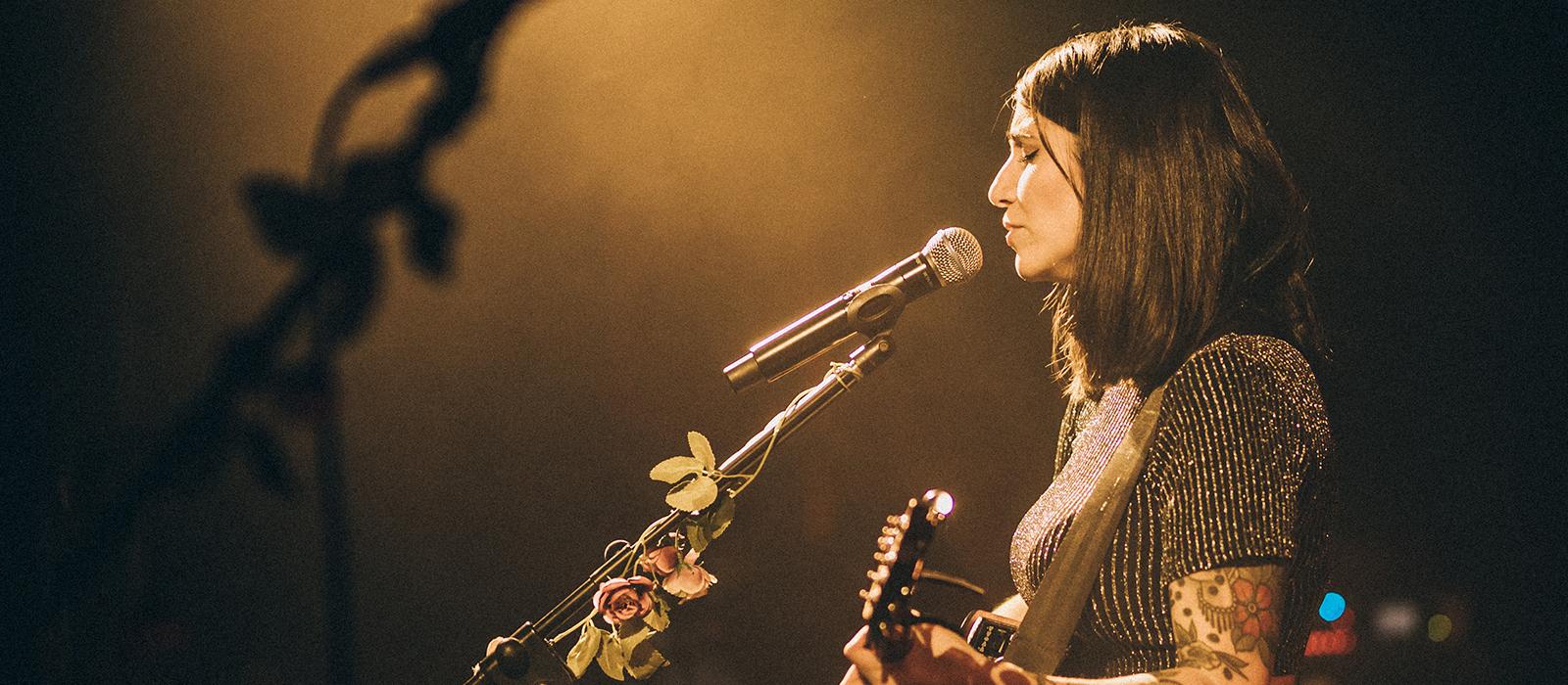 Bely Basarte enamora a Madrid con un concierto memorable en el festival Inverfest