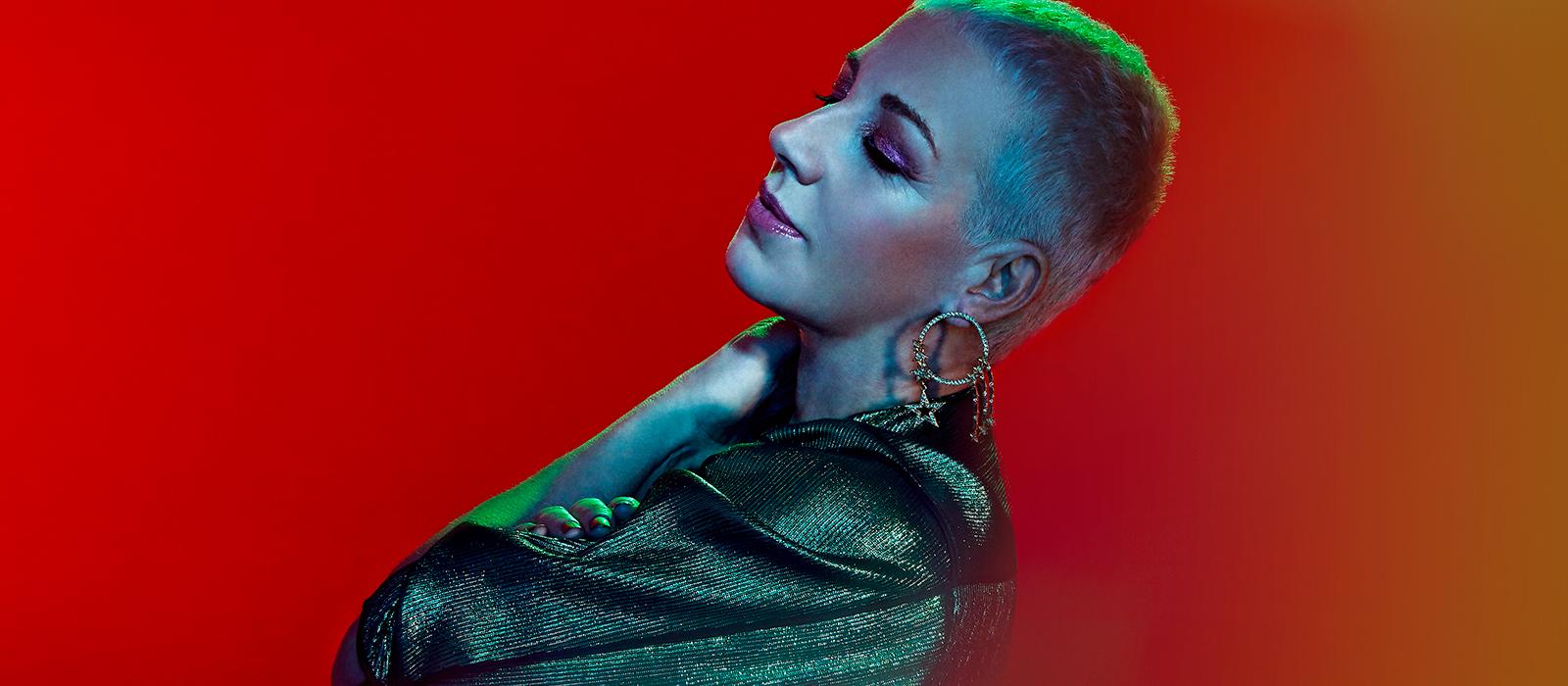 Ana Torroja busca fortalecer la interacción humana con su nuevo single 'Antes'