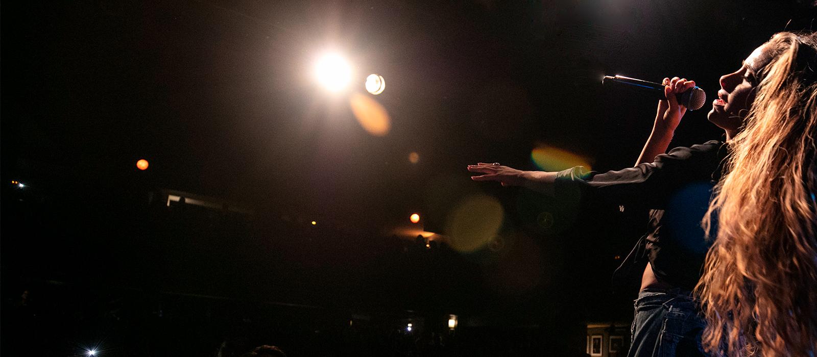 CAMI lo hizo de nuevo: ¡Reventó Madrid en su primer concierto!