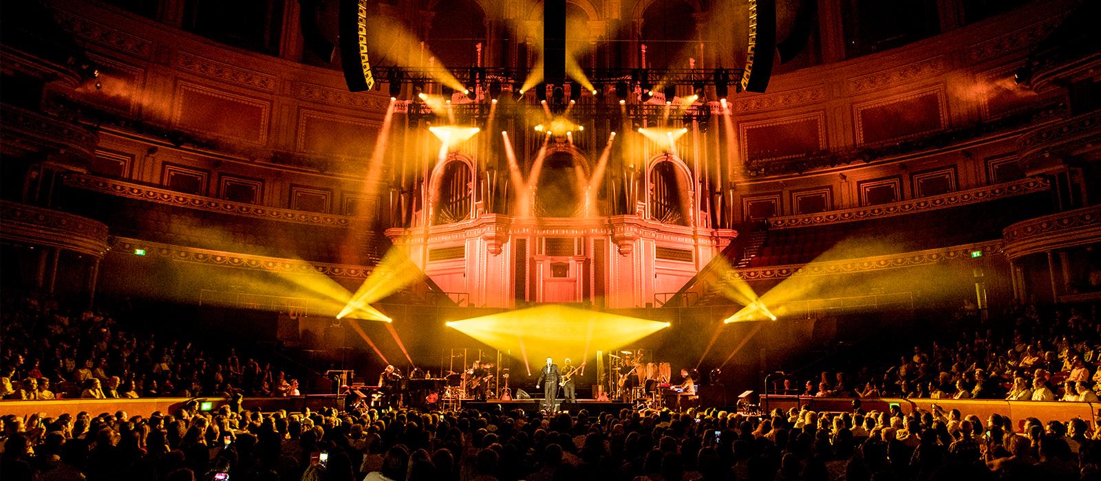 Éxito absoluto de Raphael en el Royal Albert Hall de Londres